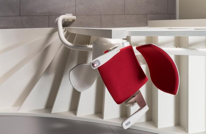 Grazie alla tecnologia Reverse Drive, Modul-Air può essere installato anche su scale molto strette.